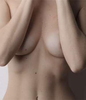 soiree-topless