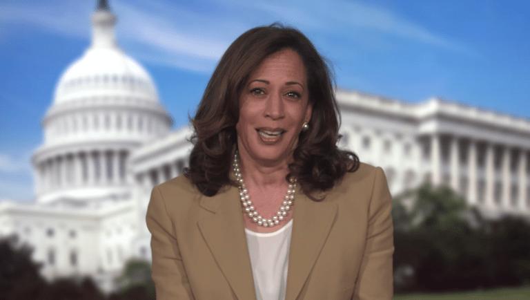 Kamala Harris rentre dans l'histoire, devient la première femme vice-présidente élue des États-Unis