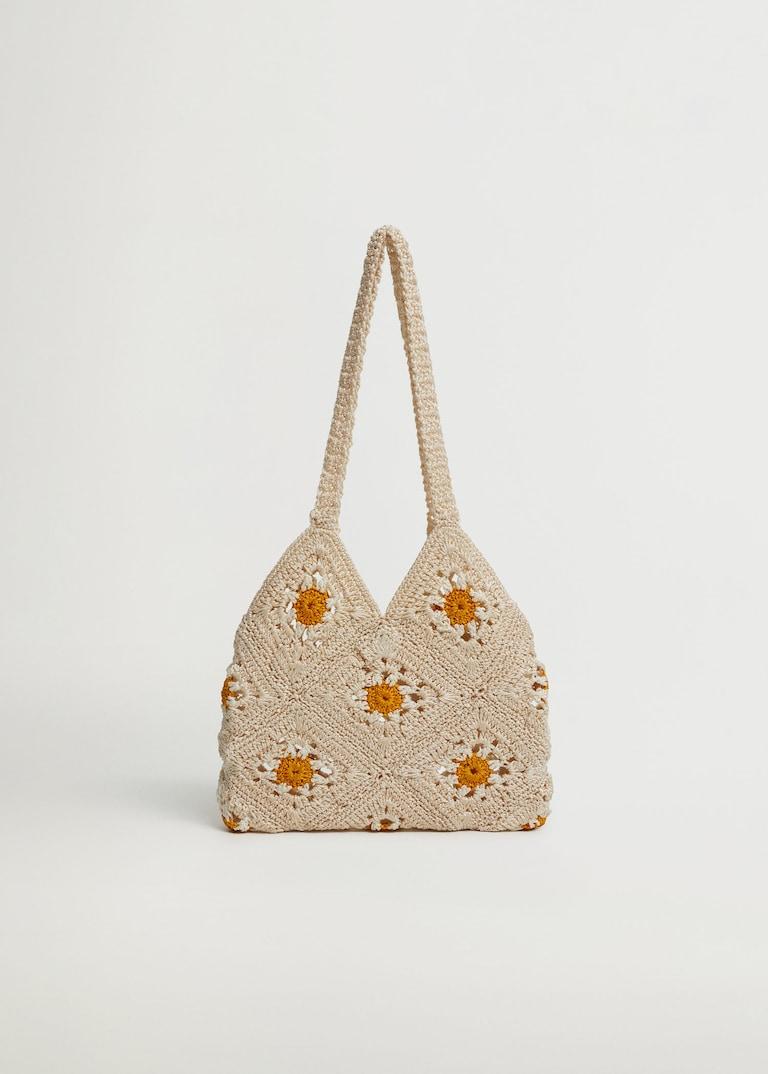 Sac en crochet à motifs fleurs, Mango, 19,99€.