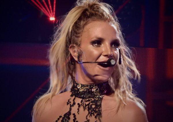 Britney_Spears_Roundhouse_London_Apple_Music_Festival_2016