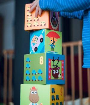 tour-de-cubes-jeux-enfant-600