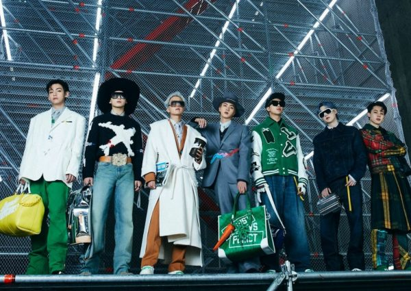 Le groupe de K-Pop BTS vient de défiler pour Louis Vuitton automne-hiver 2021-2022