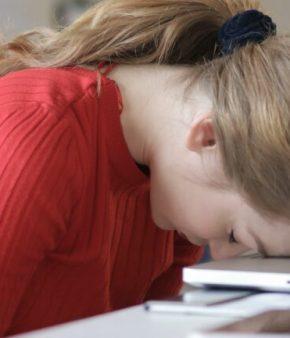 Femme-burnout-santé-mentale