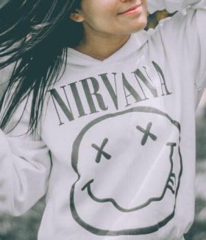 nirvana girl unsplash