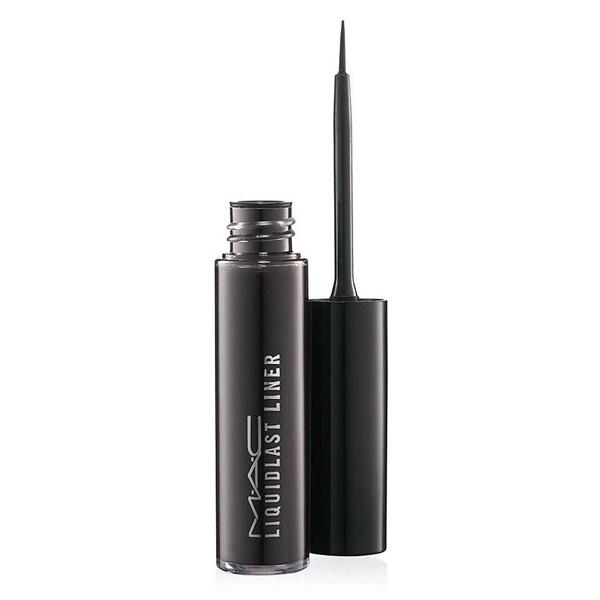 Eye-liner pinceau noir de MAC