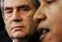 Gordon Brown : surveiller Internet ou surveiller son enfant ?