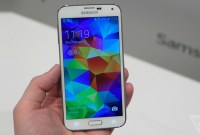 Samsung exige réparation d'un journal qui a descendu le Galaxy S5
