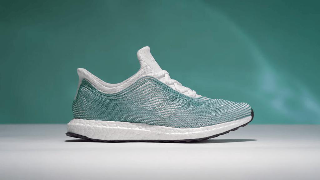Avance À Ses Textiles Réalisés De L Partir Adidas Des Déchets Sur iukOXZP