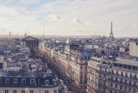 Airbnb à Paris : la plateforme amorce une régulation des locations excessives